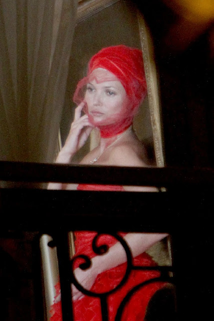 kate-moss_con_turbante-rojo