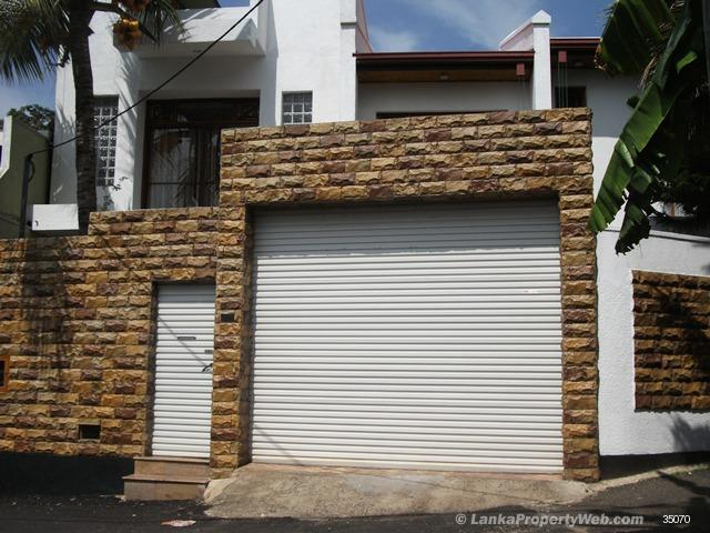 Properties in Sri Lanka: (706) Brand New, Luxury House For Sale
