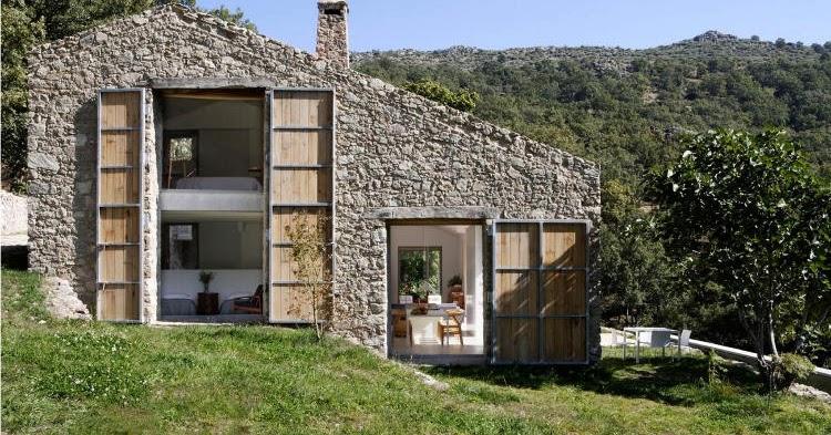 Boiserie c ristrutturare un casale ex stalla in stile for Case vecchie ristrutturate