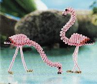 Птицы из бисера: розовый фламинго