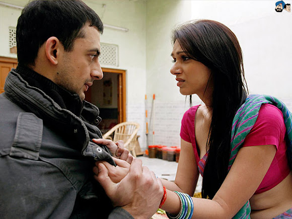 Raima sen hot quarrel with joy sengupta in indian bangla web series hello - 2 1
