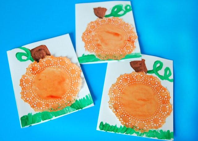 Fall pumpkin craft for preschool kids