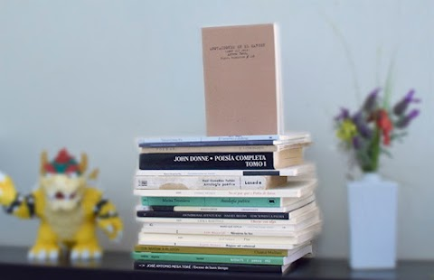 10 poemarios para regalar en el Día del Libro