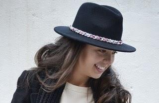 4 maneras de llevar... un sombrero negro