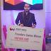 Programador fica famoso e ostenta sua fortuna no instagram