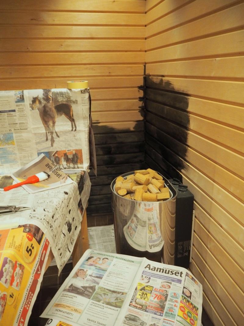 Edullinen saunaremontti: mustavalkoinen sauna