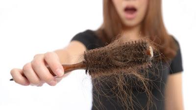 Tìm nguyên nhân khiến bạn bị rụng tóc-https://songvuikhoemoingay24h.blogspot.com/