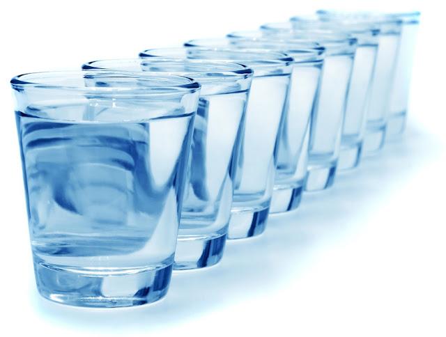 Segudang Manfaat Air Putih Bagi Tubuh