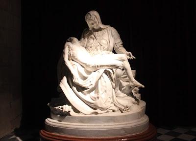 La piedad de Miguel Ángel. Catedral de Guadix.