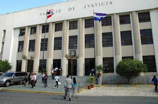 Resultado de imagen para Ambiente este domingo en el Palacio de Justicia Ciudad Nueva donde estan reos por caso odebrechet