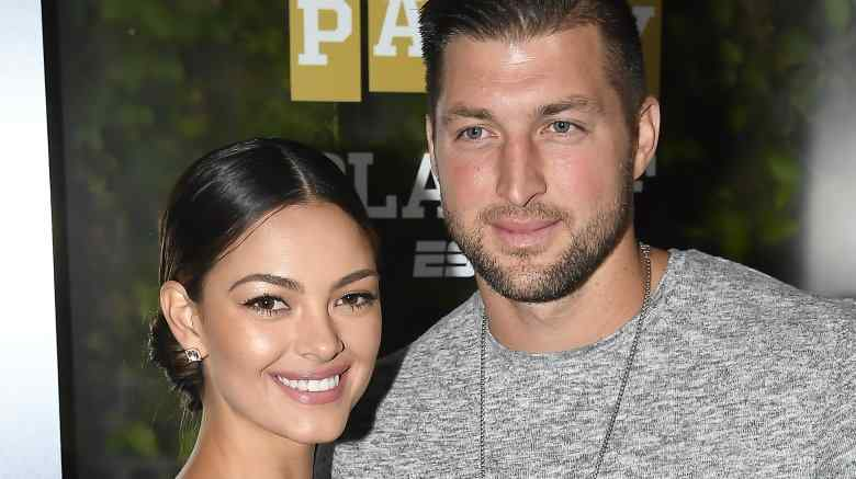 Tim Tebow proposes to former Miss Universe Demi-Leigh Nel-Peters
