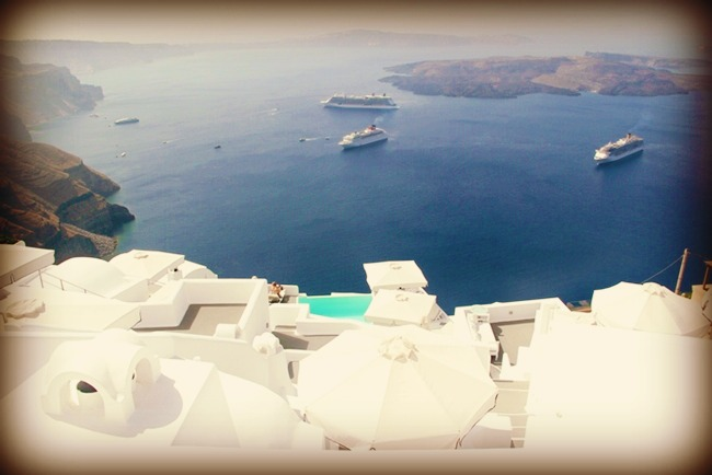 Santorini hotels view at Caldera