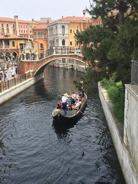 In DisneySea along the Vinice canal