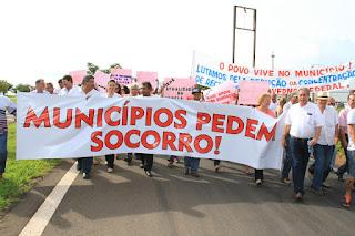 Prefeitos paraibanos preparam ato para entregar carta a Michel Temer