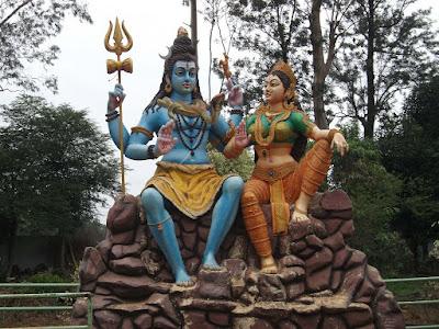 Shiv Parvati image at Padmapuram