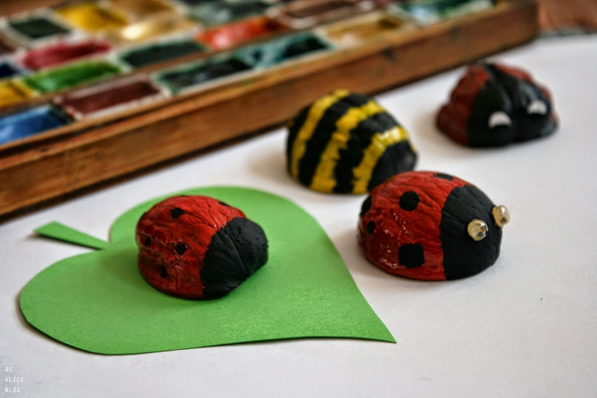 http://be-alice.blogspot.com/2014/04/diy-little-ladybugs.html