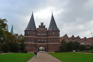 lubeck alemania fotos holstentor