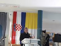 Supetrani biskupijsko natjecanje vjeronauk Solin slike otok Brač Online
