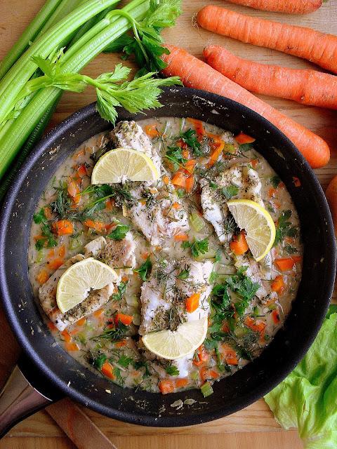 Ryba w sosie z warzywami / Fish in Creamy Vegetable Sauce