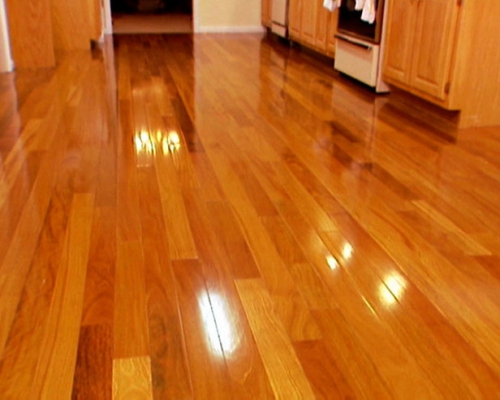 Sàn gỗ giáng hương tạo không gian sang trọng đẳng cấp