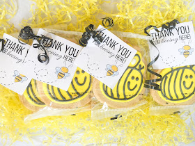 Bee themed party favors and free printable