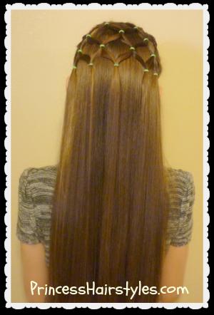 elastic christmas tree hairstyle