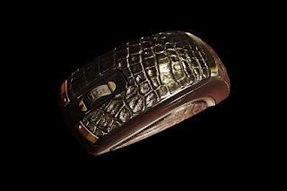 Crocodile skin Gold Mouse Ferrari adalah mouse paling mahal di dunia