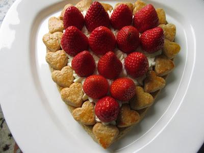 Tarta de galleta, nata y fresas Thermomix
