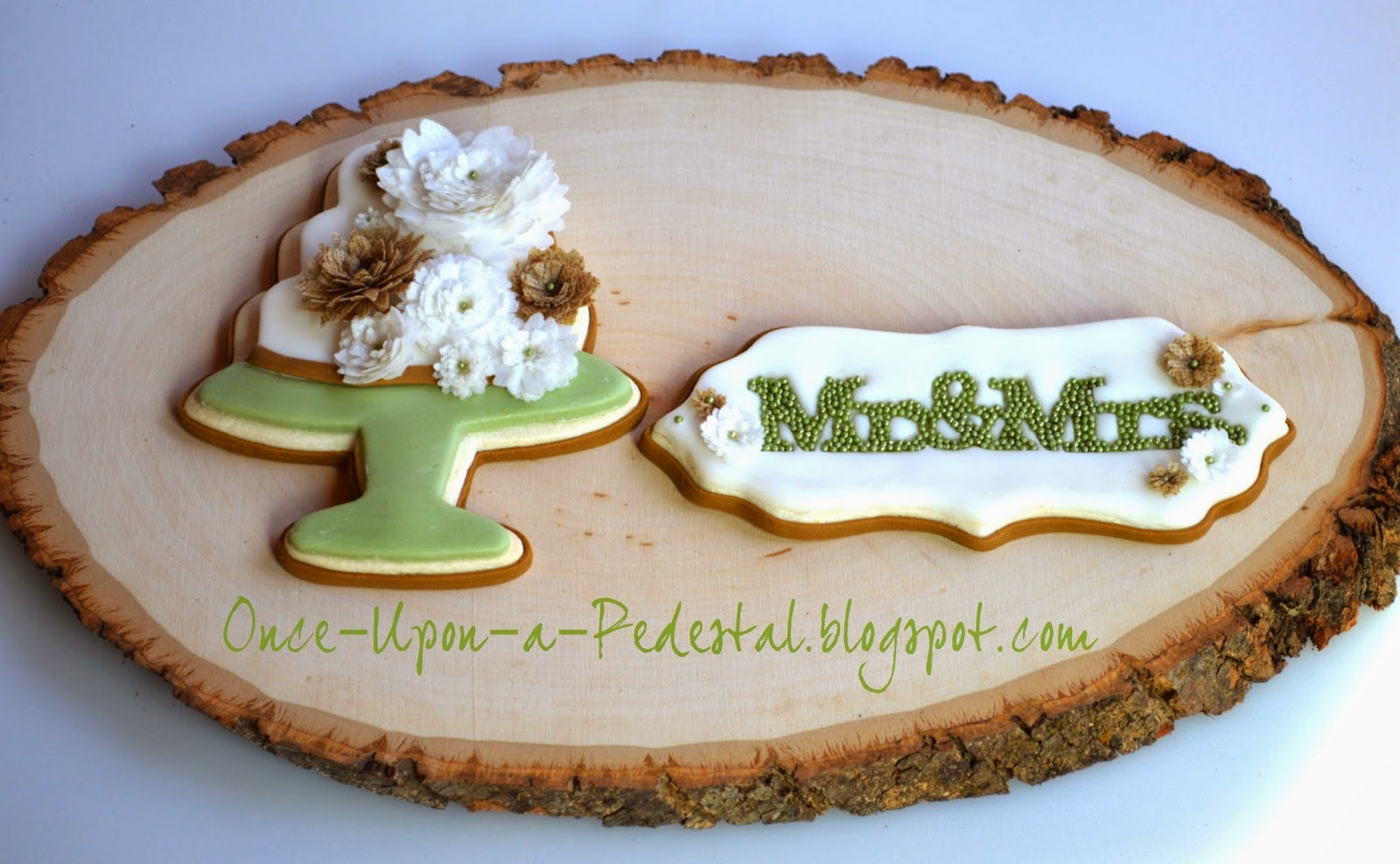 wedding-cookies-wafer-paper-mr-and-mrs-cookie-con-salt-lake-city-utah-deborah-stauch