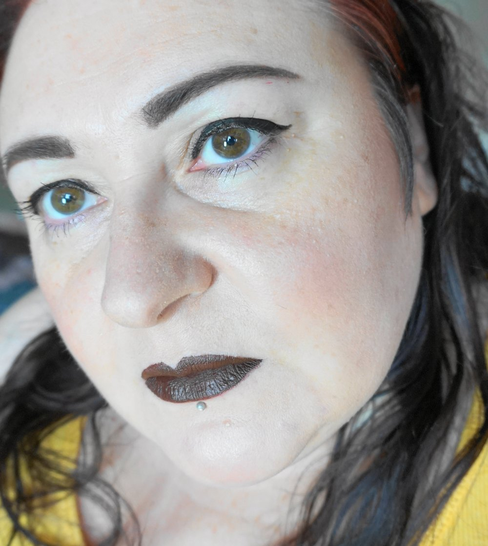 Makeup-Revolution-Retro-Luxe-Lip-Kits-Matte-Glory // www.xloveleahx.co.uk