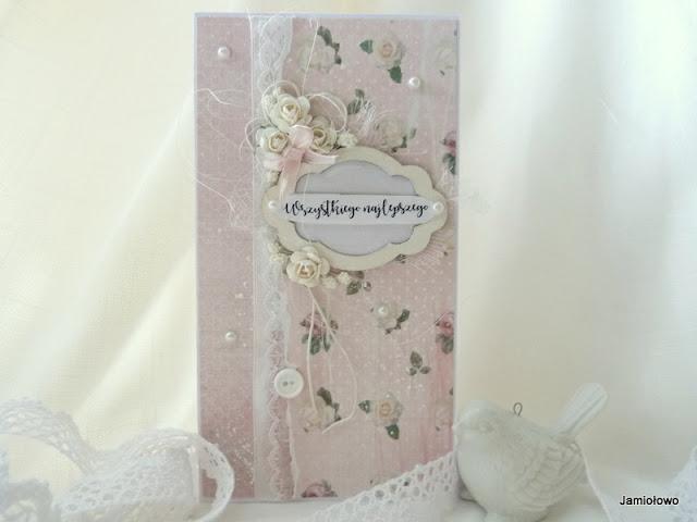 kartka z dodatkami -perełkami, koronką, różami, ramką