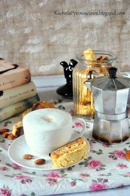 464. Cantuccini, włoskie ciasteczka z migdałami wypiekane dwa razy
