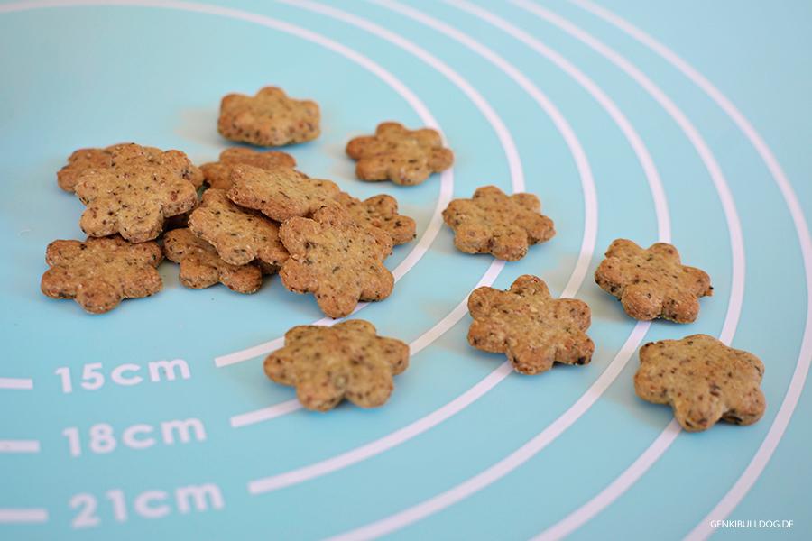 Rezept für Hundekekse: Nuss & Kern Kekse selbst backen