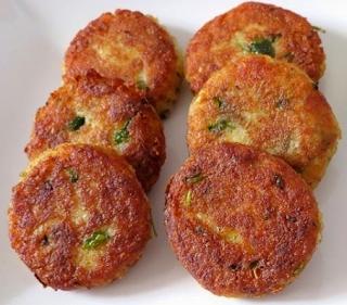 tasty aalu ki tikkiya recipe in urdu