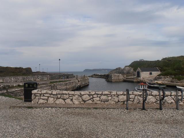 Vista de Ballintoy, la bahía de Pike en la vida real