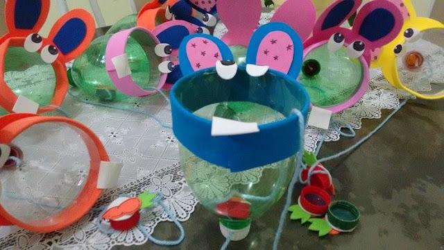 Bilboquê Coelhinho da Páscoa Brinquedo de material reciclável