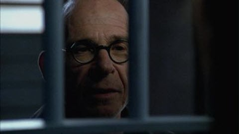 Alias - Season 3 Episode 17: The Frame