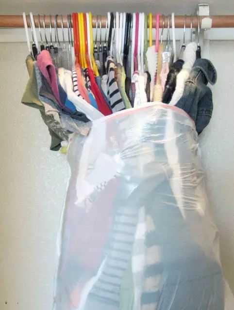 أسرع طريقة لحزم وجمع الملابس
