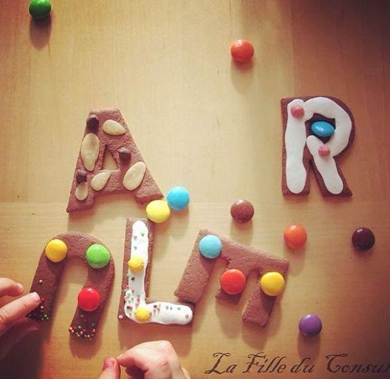 Lettres décoratives faux pain d'épices et bonbons argile de polymère - polymerclay biscuits and sweetsletters
