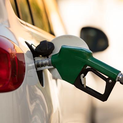 Consumidores pagarán impuesto completo de gasolina