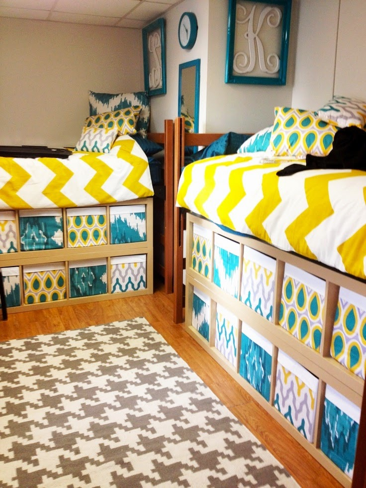 Dorm Room Layouts: The Domestic Curator: How To Design A Dorm Room Bed
