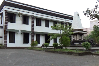 Solo-DHC-45-Gedung