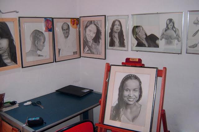 Ateliê onde faço meus desenhos realista feito a lápis de grafite