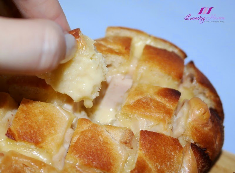 yummy cheesy garlic bread with ham recipe