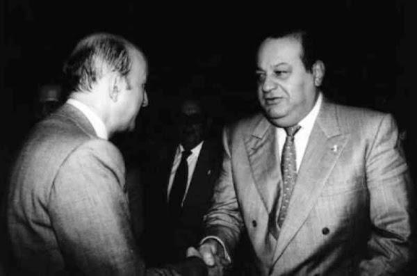 """Que bueno que ya no recuerdan quien le """"regalo"""" Telmex a Carlos Slim"""