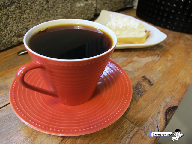 IMG 1093 - 【台中咖啡】隱藏在一般住家裡的老宅咖啡香 | 窩柢 咖啡公寓 | 手沖咖啡 | 手作甜點 | 教師新村 |