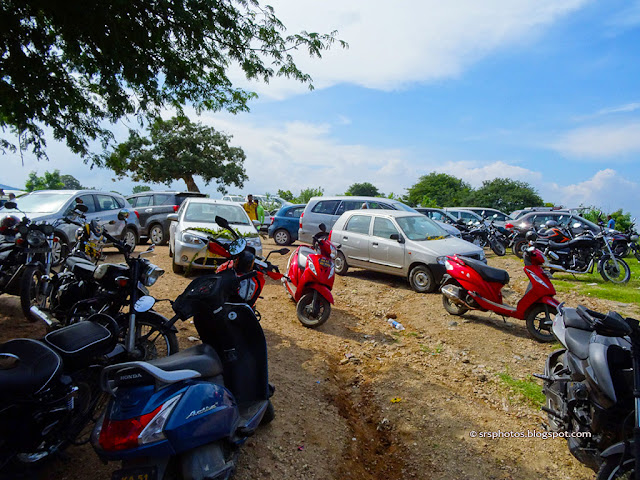 Parking Area of Chunchi Falls, Kanakapura, Bangalore, Karnataka
