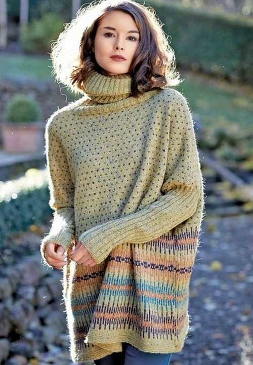 Красивый женский свитер спицмаи