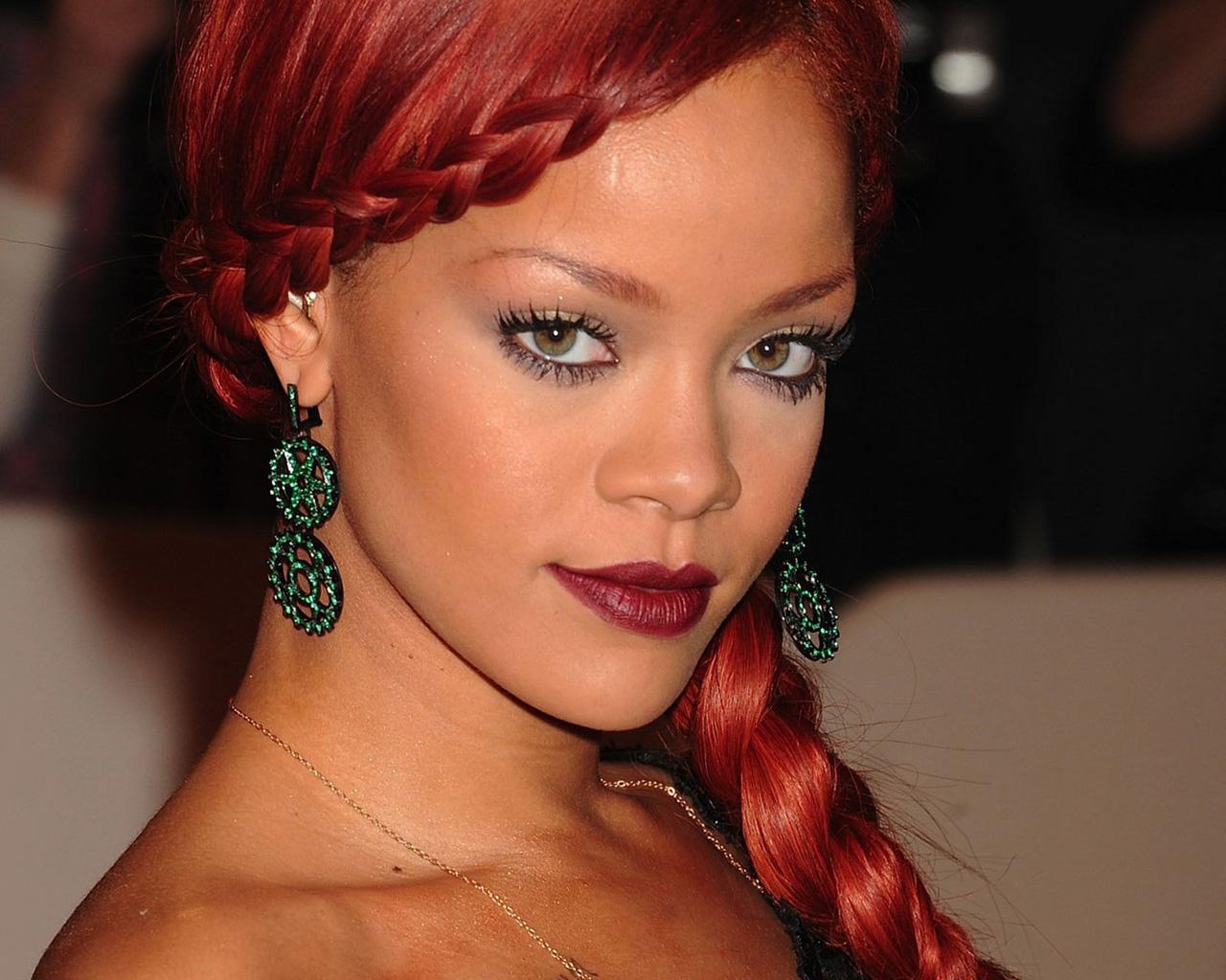 Rihanna Hairstyles: Rihanna Braid Hairstyles