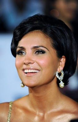 Lara Dutta Bollywood Diva's Smoky Eye Makeup Looks